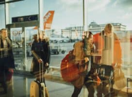 7 Useful Tips to Boost Your Efficiency During Business Travels